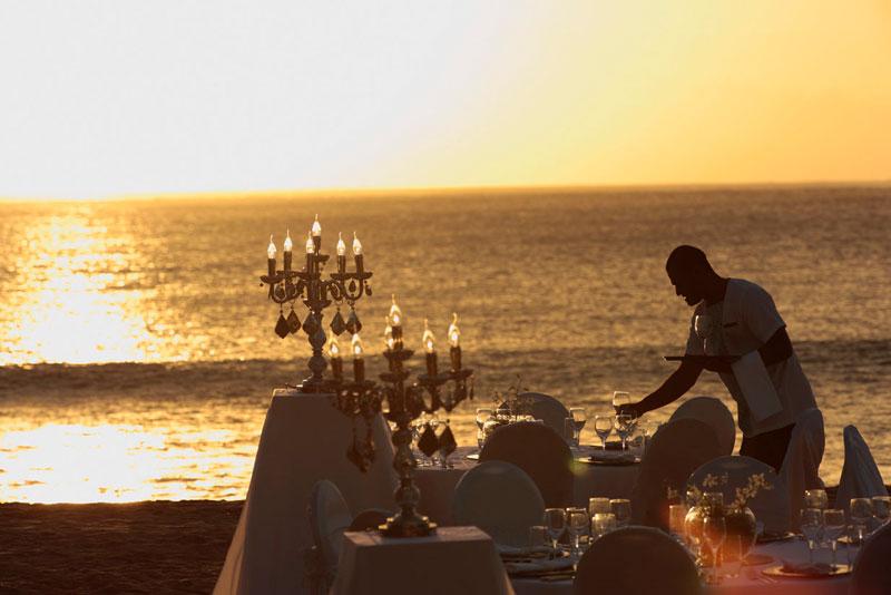 Beach Wedding at Intercontinental Fiji Golf Resort and Spa