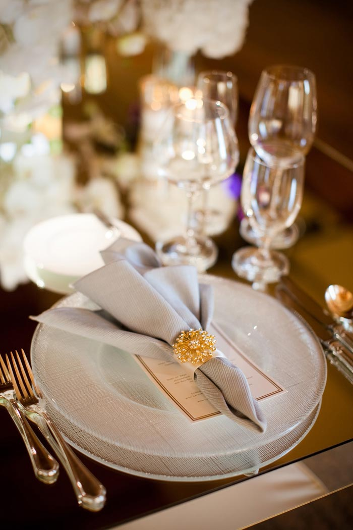 guest-table-setting