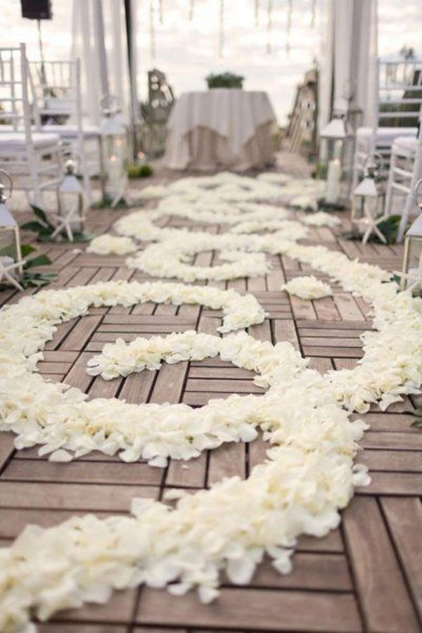 Wedding Aisle Ideas - We Heart Photography