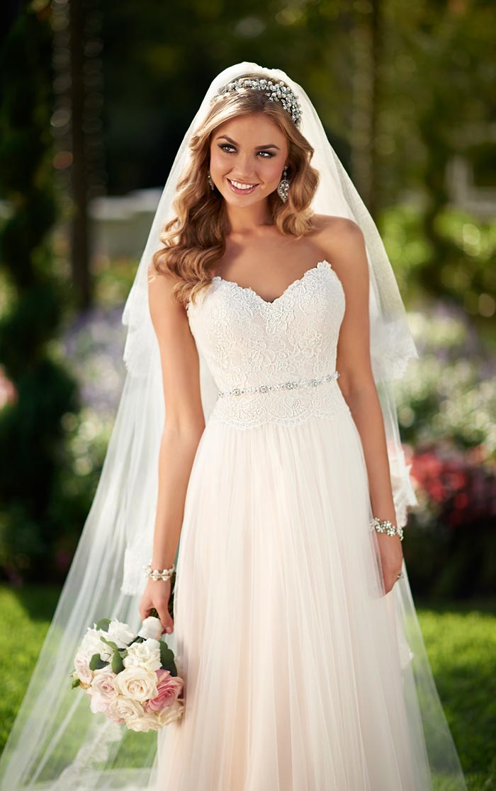 10 Tips For Finding The Perfect Wedding Dress - Modern Wedding