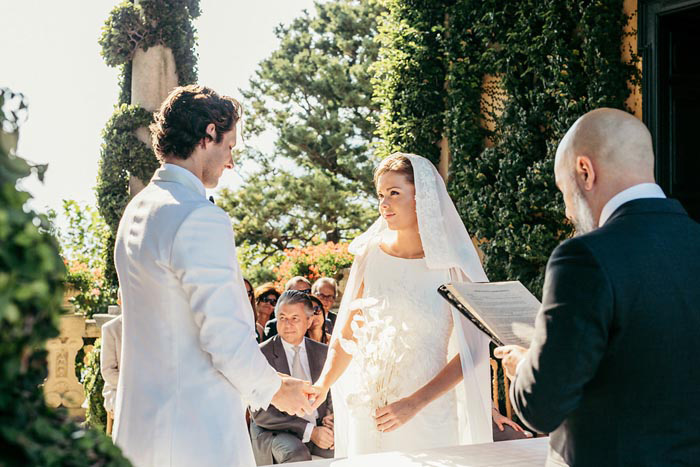 Vows and Quotes For Your Wedding