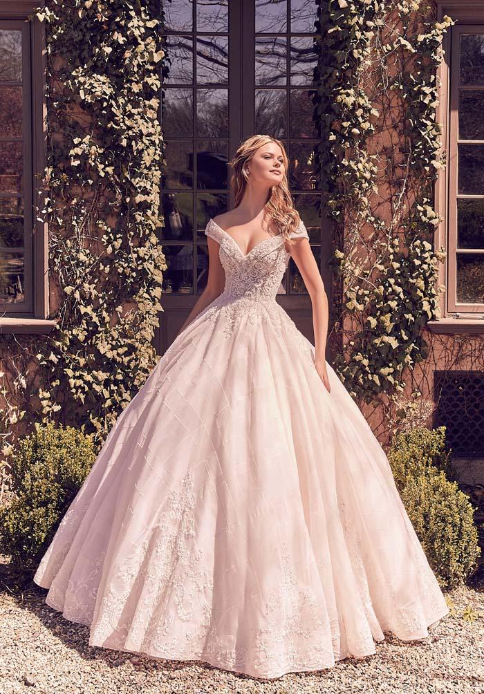 bride wearing full skirt ballgown